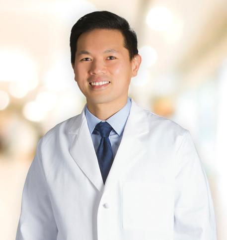 Djerrick Tan, MD lab coat photo